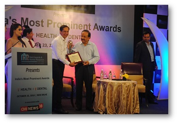 Dr RK Jaswal felicitated as Best Cardiologist by Dr Harsh Vardhan